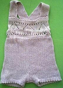 Вязание спицами для детей. Вязаный песочник для малыша.